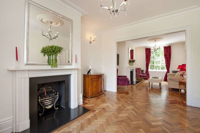 Thumbnail Property to rent in Crooms Hill, Greenwich