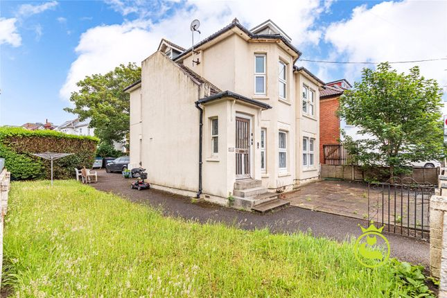 Thumbnail Flat to rent in Walpole Road, Bournemouth, Dorset