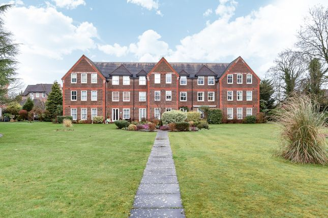 Thumbnail Flat for sale in West Court, West Drive, Sonning On Thames