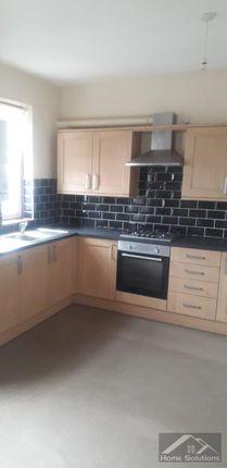Thumbnail Flat to rent in Brooks Parade, Green Lane, Goodmayes, Ilford