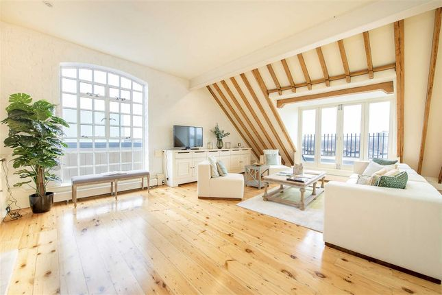 Thumbnail Flat to rent in Wyfold Road, London