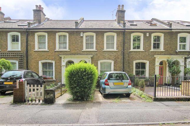 Thumbnail Terraced house to rent in Hardwicke Road, London