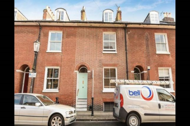 6 bed terraced house to rent in King Street, Southsea