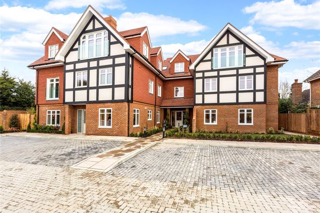 Thumbnail Flat for sale in Apartment 2, By The Green, Shoppenhangers Road, Maidenhead, Berkshire