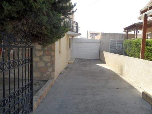 4 bed town house for sale in Ayioi Anargyroi