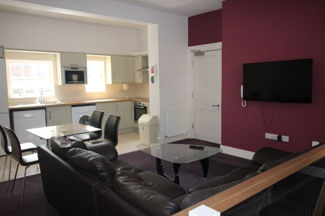 Thumbnail Duplex to rent in St James' Terrace, Newcastle Upon Tyne