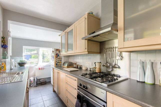 Thumbnail Property to rent in Puller Road, High Barnet
