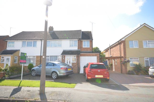 Thumbnail Property to rent in Queens Mead, Aylesbury