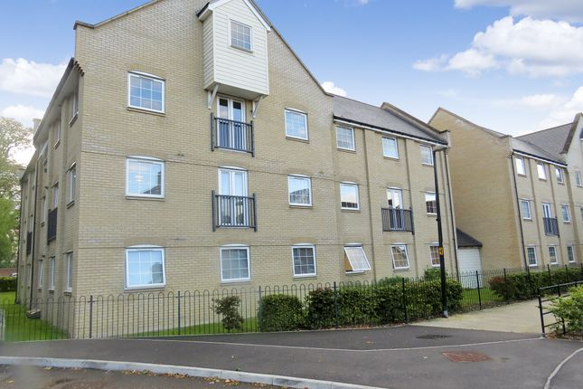 Thumbnail Flat for sale in Nowell Close, Bocking, Braintree