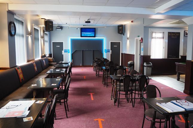 Thumbnail Pub/bar for sale in Licenced Trade, Pubs & Clubs WF10, West Yorkshire