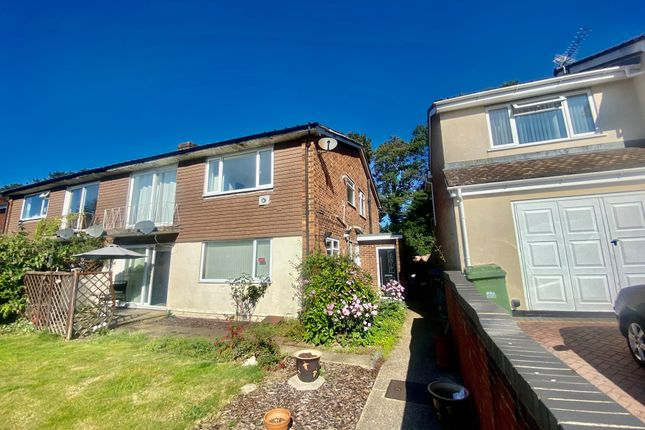 Thumbnail Maisonette to rent in Moorlands Crescent, Southampton
