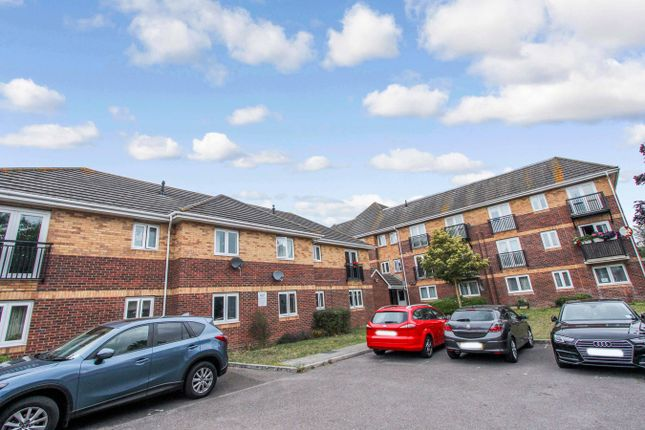 Thumbnail Maisonette for sale in Nightingale Grove, Shirley, Southampton