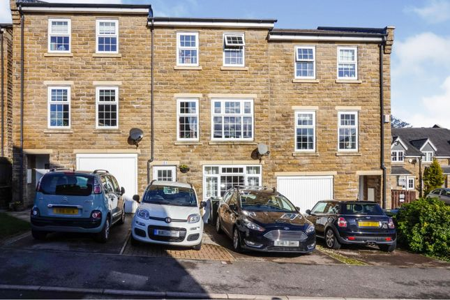 Thumbnail Town house for sale in Myers Close, Bradford