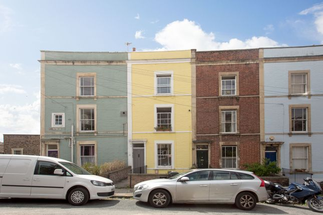 Thumbnail Flat for sale in Ambra Vale West, Clifton, Bristol
