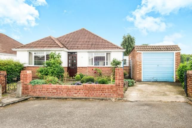 Thumbnail Bungalow for sale in High Mead, West Wickham, Bromley, Kent