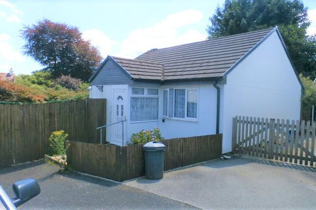 2 bed bungalow to rent in Tamar Close, Callington PL17