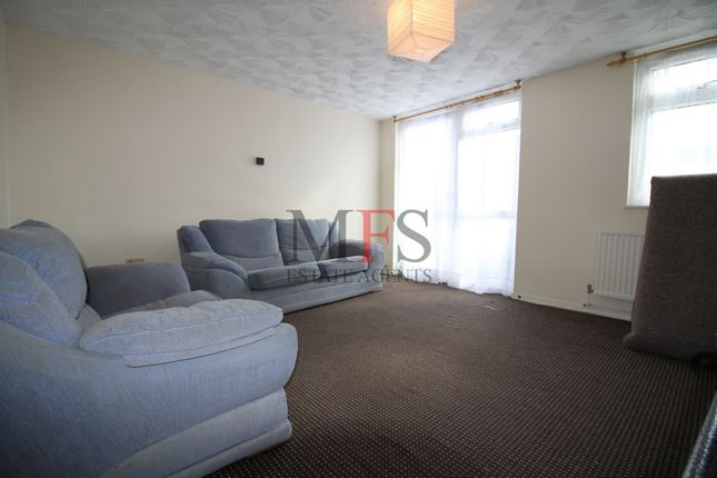 Thumbnail Flat to rent in Canberra Drive, Northolt