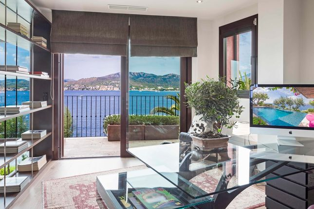 Villa for sale in Santa Ponsa - Port Adriano, Mallorca, Balearic Islands