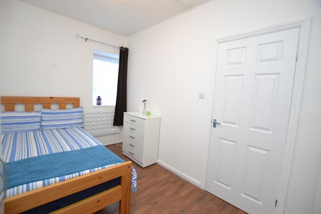 Thumbnail Flat to rent in Digby Street, London