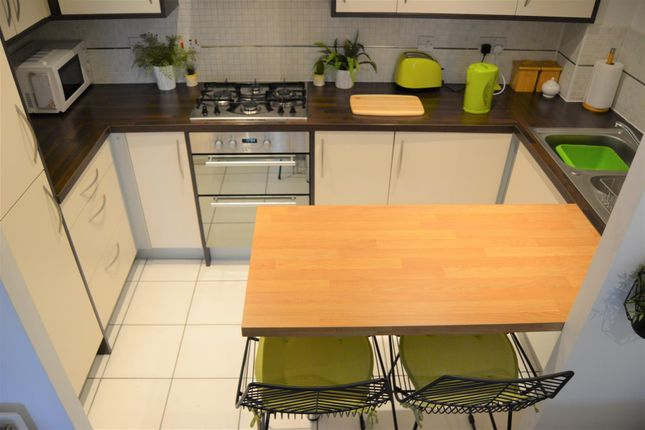 Kitchen of Blackthorn Drive, Lindley, Huddersfield HD3
