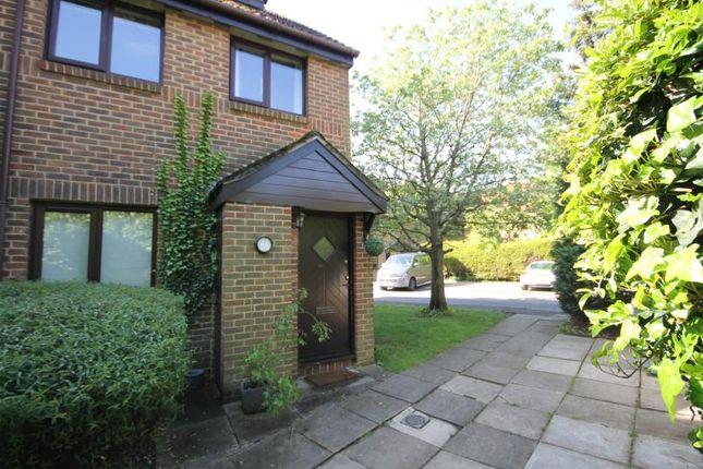 Thumbnail Maisonette to rent in Benwell Court, Lower Sunbury, Middlesex