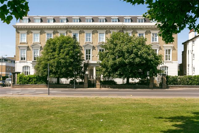 Thumbnail Terraced house for sale in North Side Wandsworth Common, London