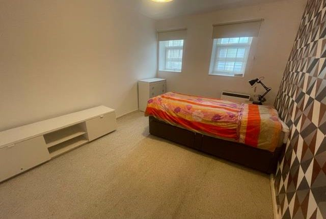 Thumbnail Property to rent in Richmond Dale, Clifton, Bristol