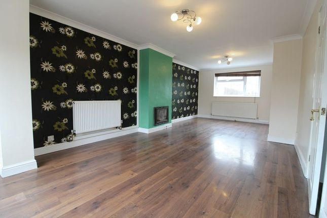 Thumbnail End terrace house to rent in Chantry Road, Aylesbury