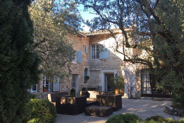 Villa for sale in Oppede, Vaucluse, Provence-Alpes-Côte D'azur, France