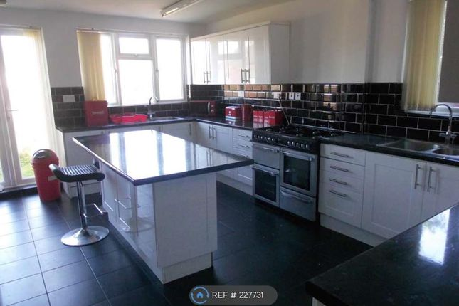 Thumbnail Terraced house to rent in Oxford Road, Middlesbrough