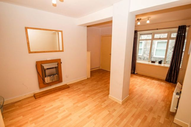 Thumbnail Flat to rent in Brewhouse Court, Alloa