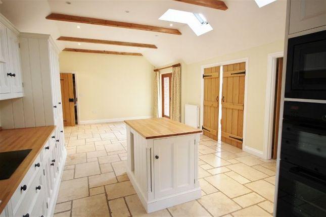 Thumbnail Detached house to rent in Old Soar Road, Plaxtol, Sevenoaks