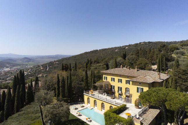 Thumbnail Villa for sale in Perugia, Perugia, Umbria