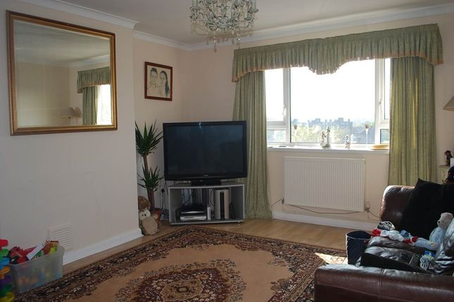 Thumbnail Flat to rent in Bexley Road, Eltham, London