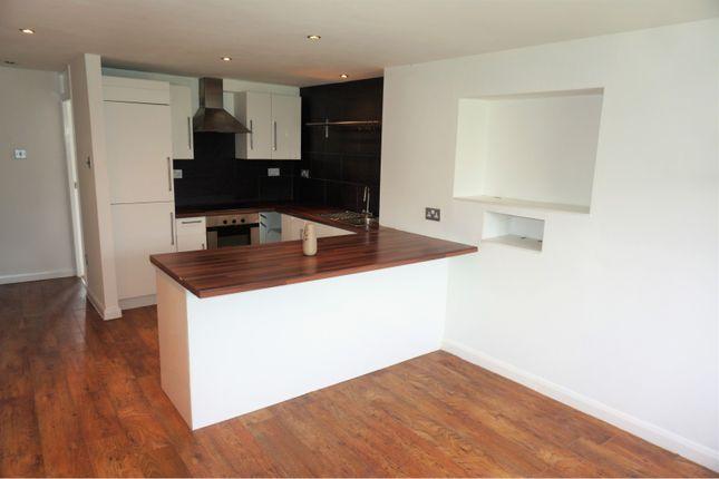 Thumbnail Flat for sale in Felbridge Close, Cardiff