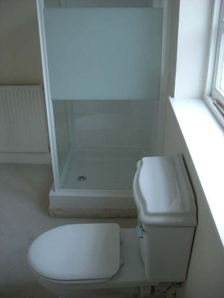 Shower Cubicle of Portland Road, Hythe CT21