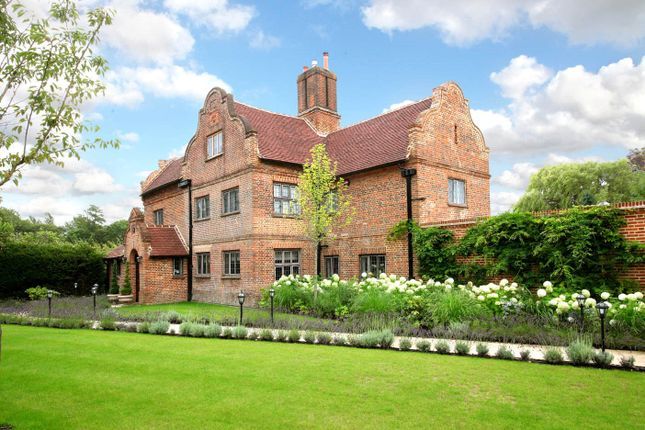 Thumbnail Detached house for sale in Bagshot Road, Chobham, Surrey