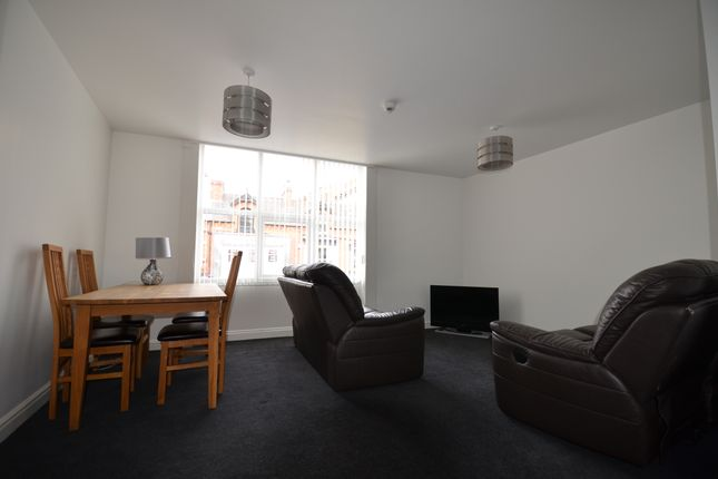 2 bed flat to rent in Linthorpe Road, Middlesbrough TS1