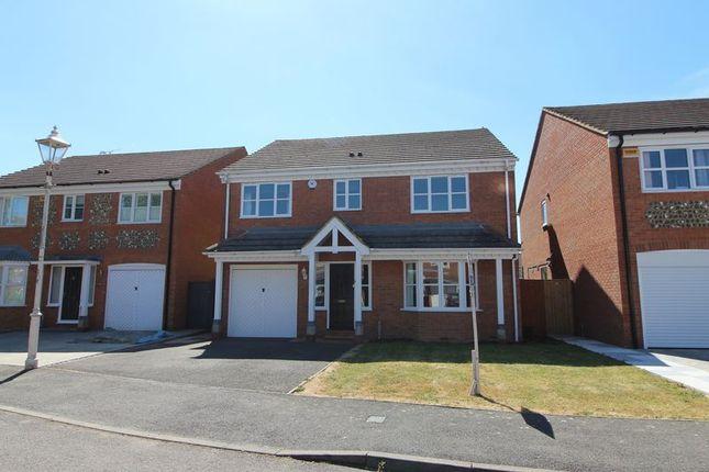 Thumbnail Detached house to rent in Kestrel Way, Aylesbury