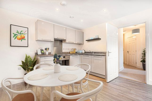 Flat for sale in Deanfield Avenue, Henley