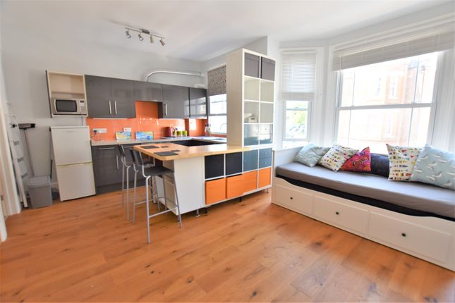 Thumbnail Studio to rent in Cabbell Road, Cromer