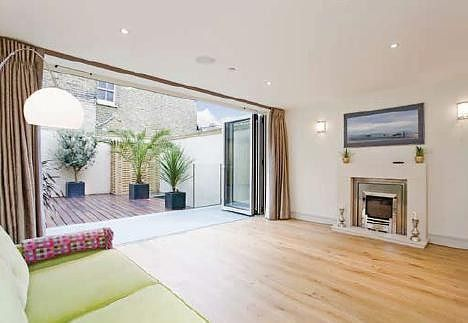 Thumbnail Property to rent in Brackley Terrace, Chiswick
