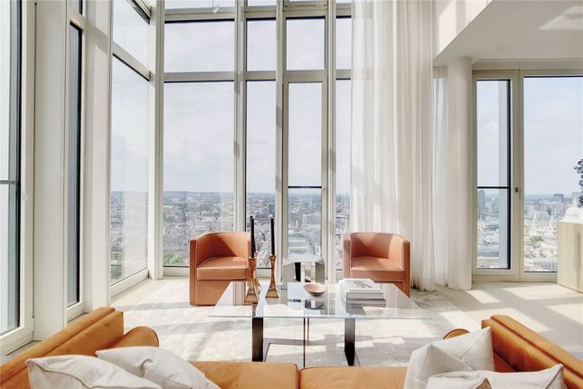 Thumbnail Flat for sale in Southbank Tower, 55 Upper Ground, London