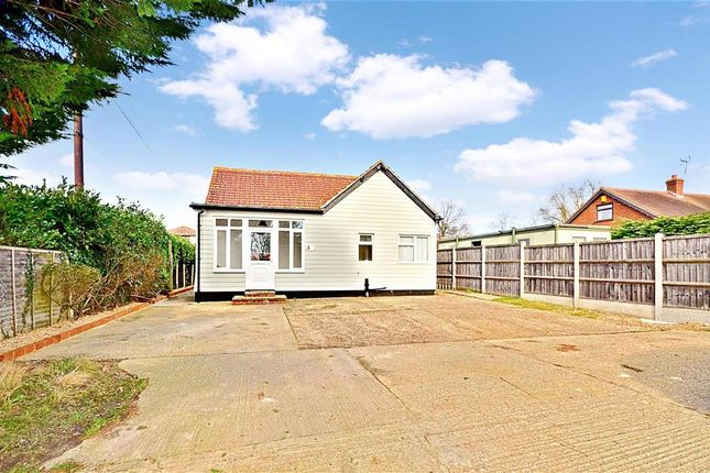 Thumbnail Bungalow for sale in Oak Road, Crays Hill, Billericay, Essex