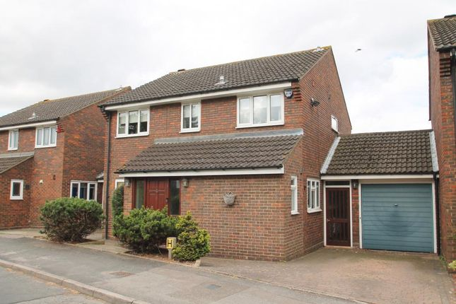 Thumbnail Detached house for sale in Gwynne Park Avenue, Woodford Green
