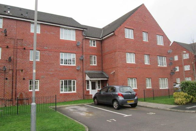 Thumbnail Flat to rent in Queens Court, Levenhsulme, Manchester