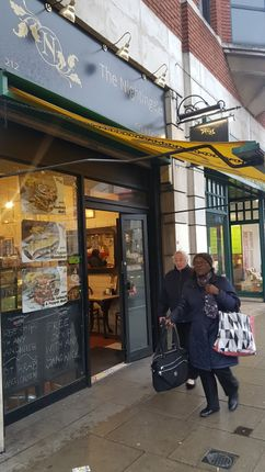 Thumbnail Restaurant/cafe to let in Streatham High Road, London