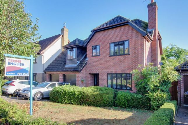 Thumbnail Detached house for sale in Goldcrest Close, Colchester