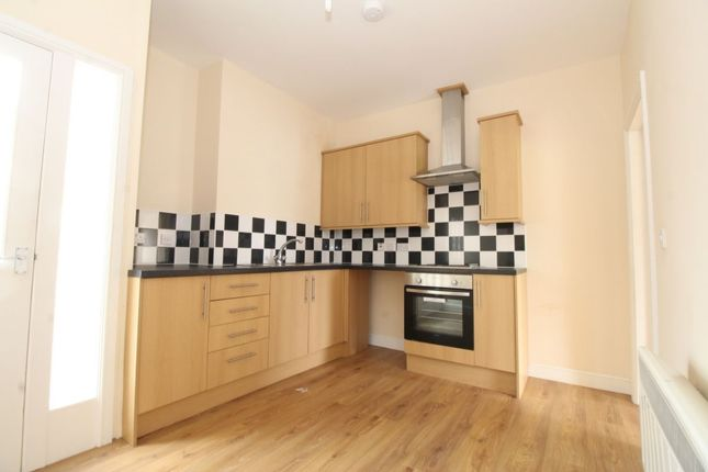 Thumbnail Flat to rent in Woodsend Road, Urmston, Manchester