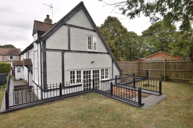 Thumbnail Cottage to rent in Brandon Road, Rear Cottage, Coventry